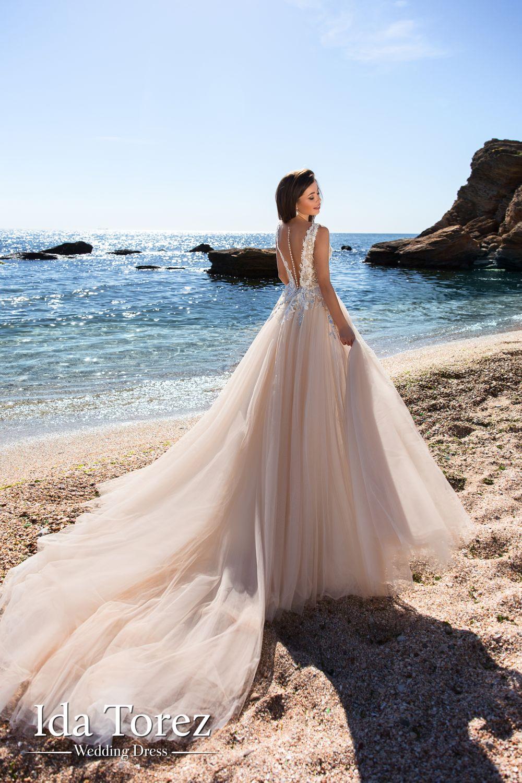 Ida Torez kāzu kleitas