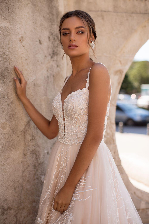 Liretta Brutte kāzu kleita