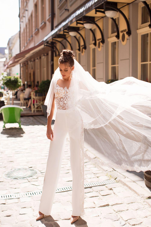 Liretta Caturra kāzu kleita