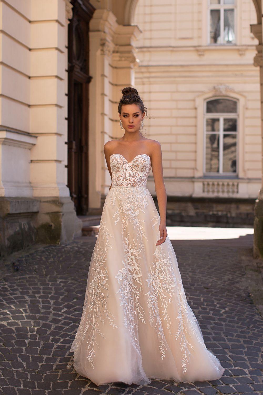Liretta Arabica kāzu kleita