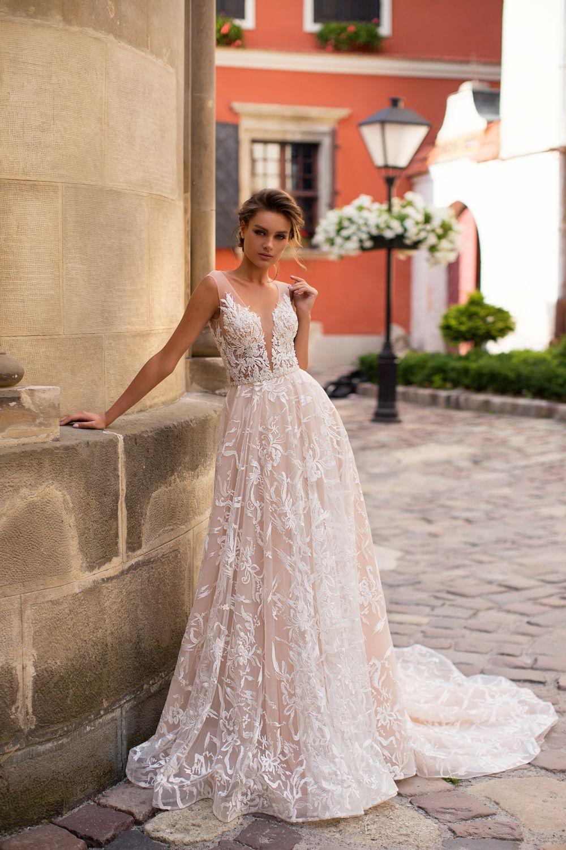Liretta Jackson kāzu kleitas